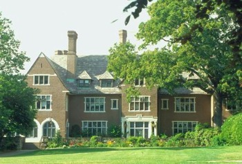 The Most Expensive College in America: Sarah Lawrence